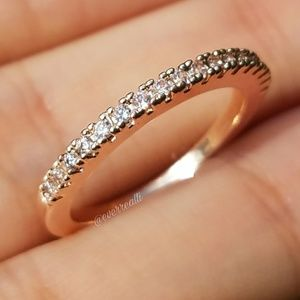 NEW Rose Gold Simple Round Diamond Band Ring